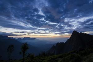 Before The Sunrise at Kolukkumalai